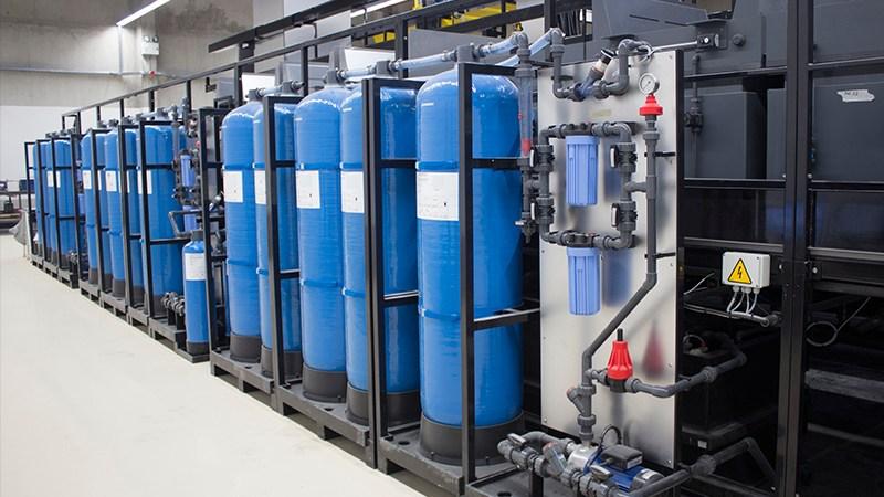 Bouteille pour traitements des eaux